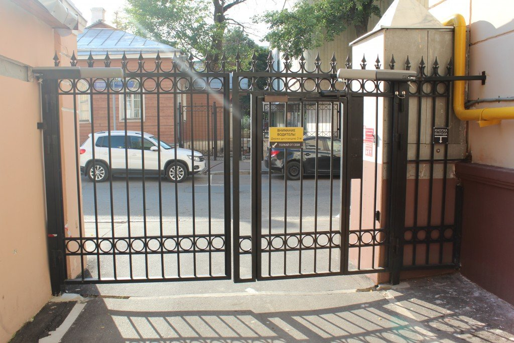 Установка автоматики Came ATI 3000 на распашные ворота